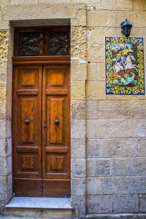25X Beautiful Door Photos on Gozo, Malta: A True Window to the Soul of the Island!    The Travel Tester