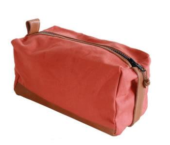 product-red-dopp-kit
