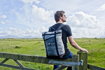 Flowfold Denizen Limited Tote Backpack Review: Minimalist Bag for Everyday Adventures    The Travel Tester
