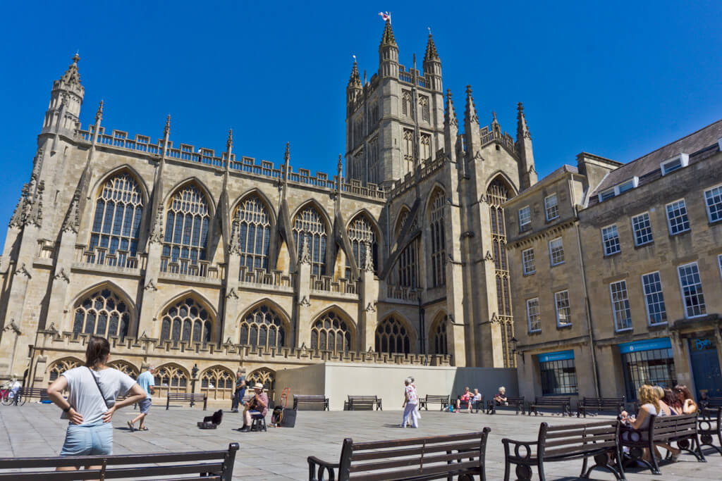 One Day In Bath, England? Complete Guide To A Perfect City Break! || The Travel Tester || #England #Engeland #Bath #RomanBath #Roman #CityGuide #WeekendBreak #UnitedKingdom #GreatBritain #RomanBaths #BathAbbey